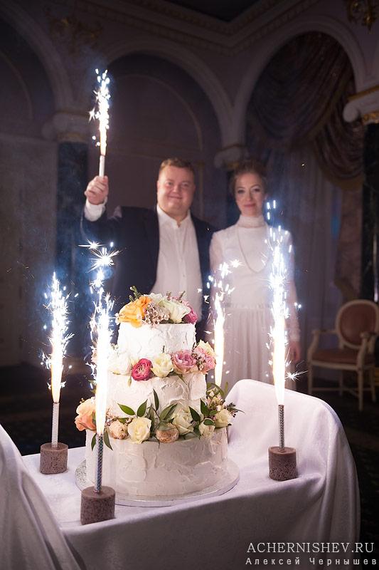 63-svadebnyj-tort