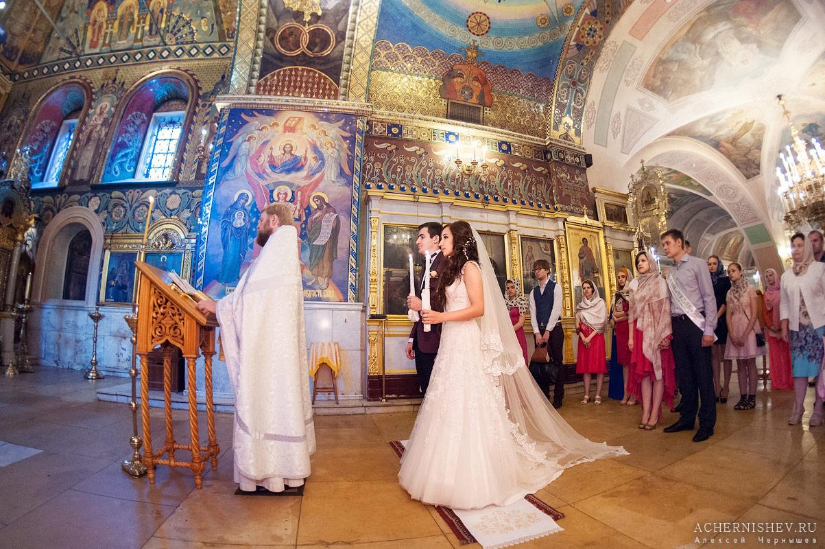 венчание в храме Рождества Иоанна Предтечи