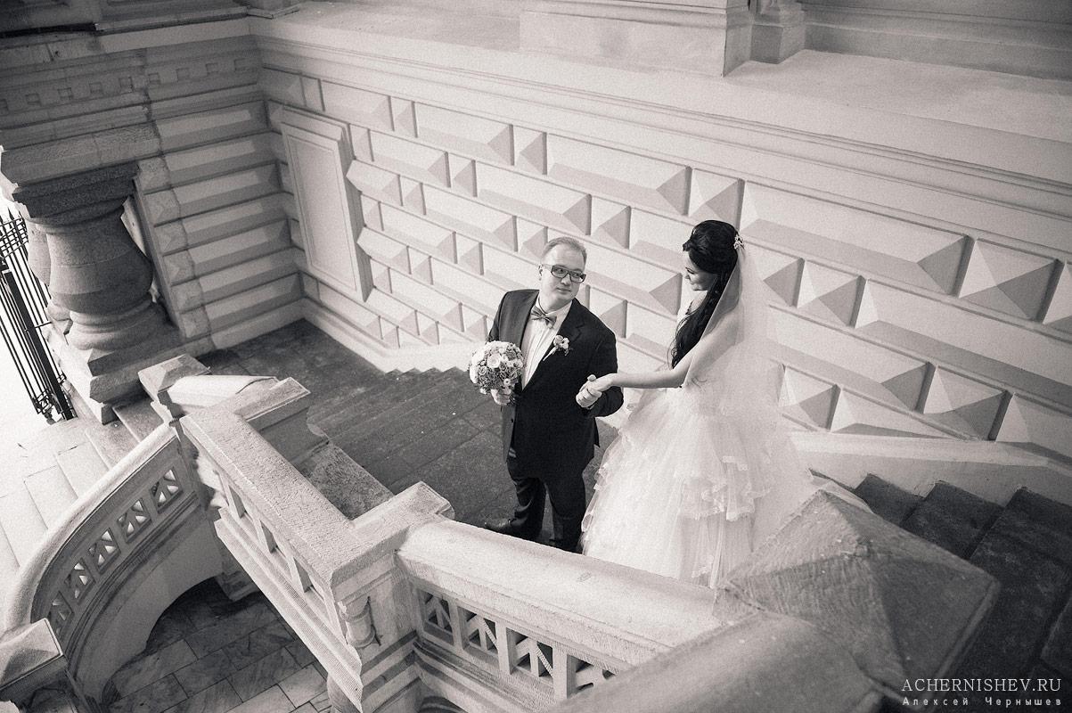 не лестнице Черно-белая фотография