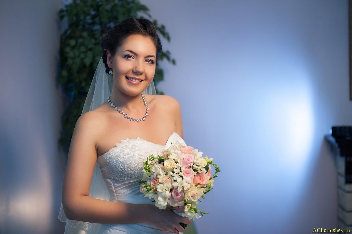 невеста в холле загса