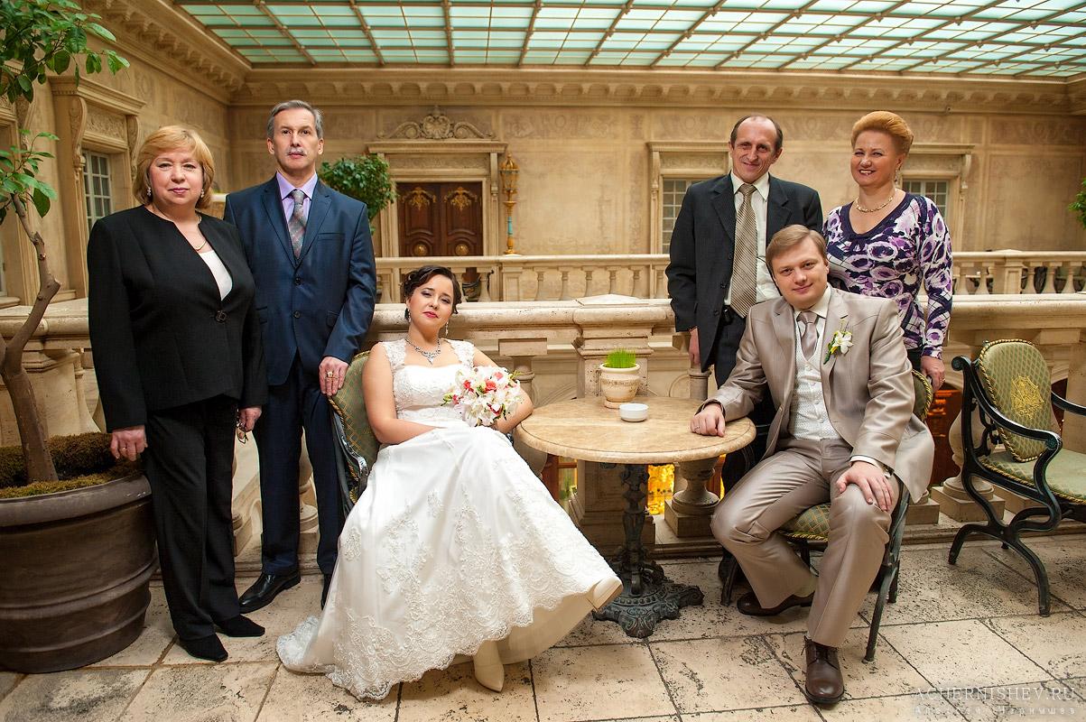 Мужчин на свадьбу дочери