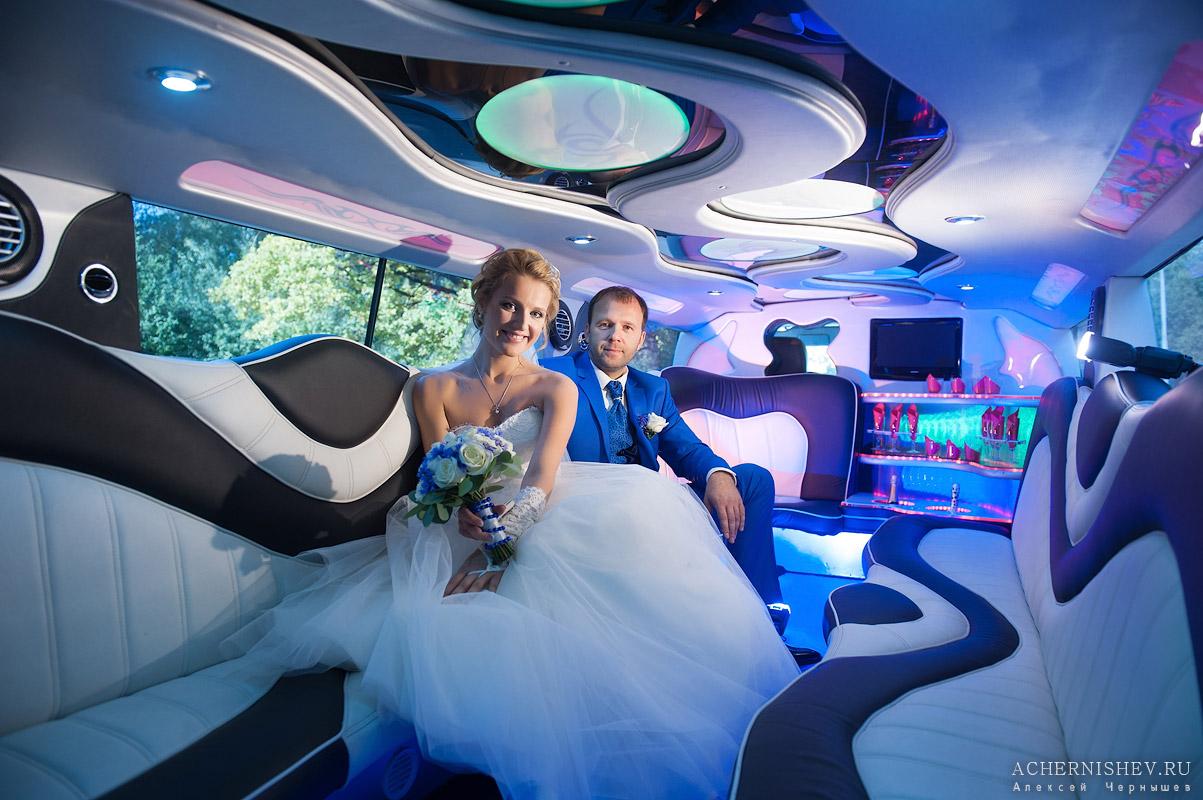 свадебная фотосессия в в лимузине