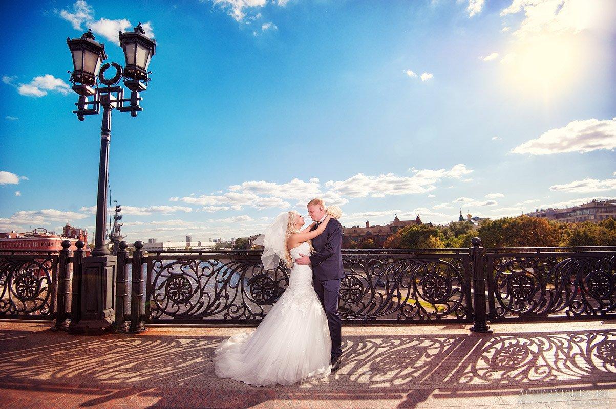 свадьба на Патриаршем мосту фото