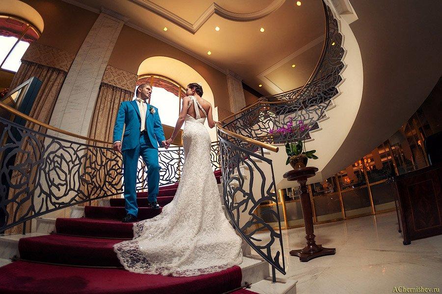 Свадебная фотосессия в отеле Балчуг Кемпенский