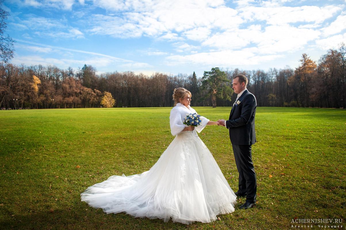 свадебная фотосессия в царицыно - у полянки