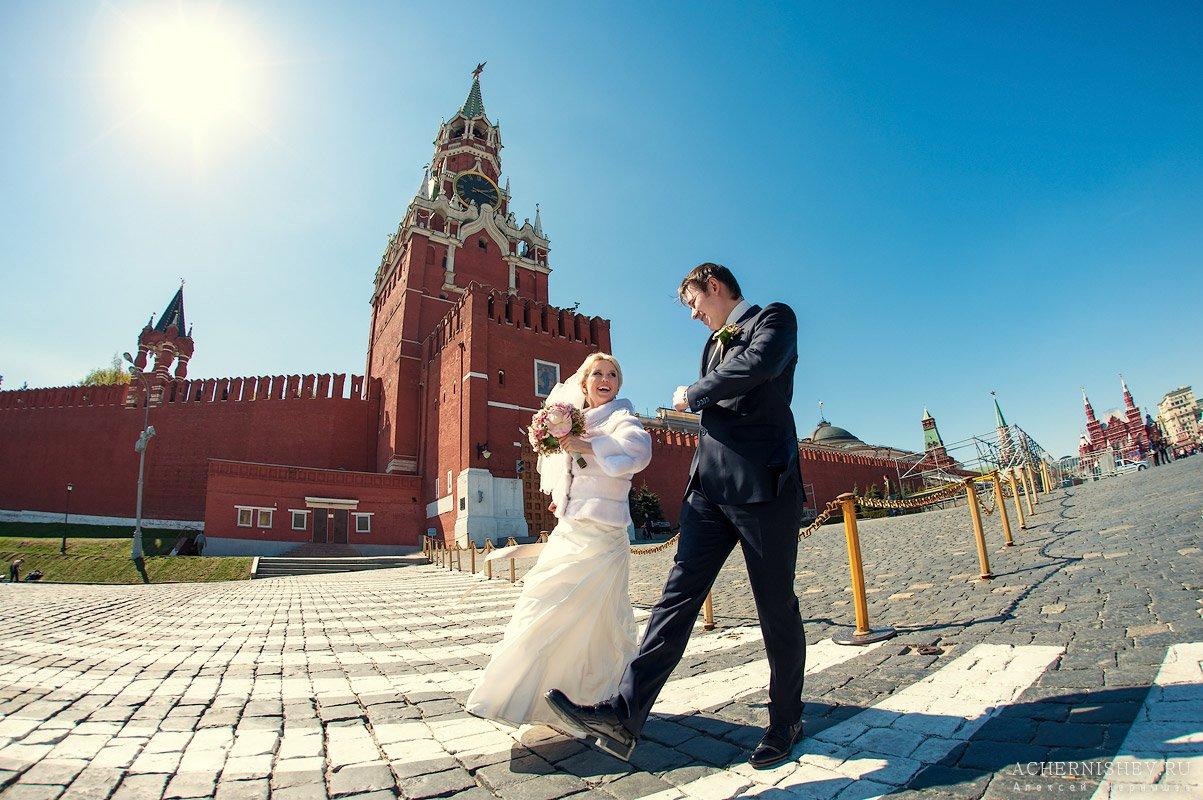 молодожены на Красной площади