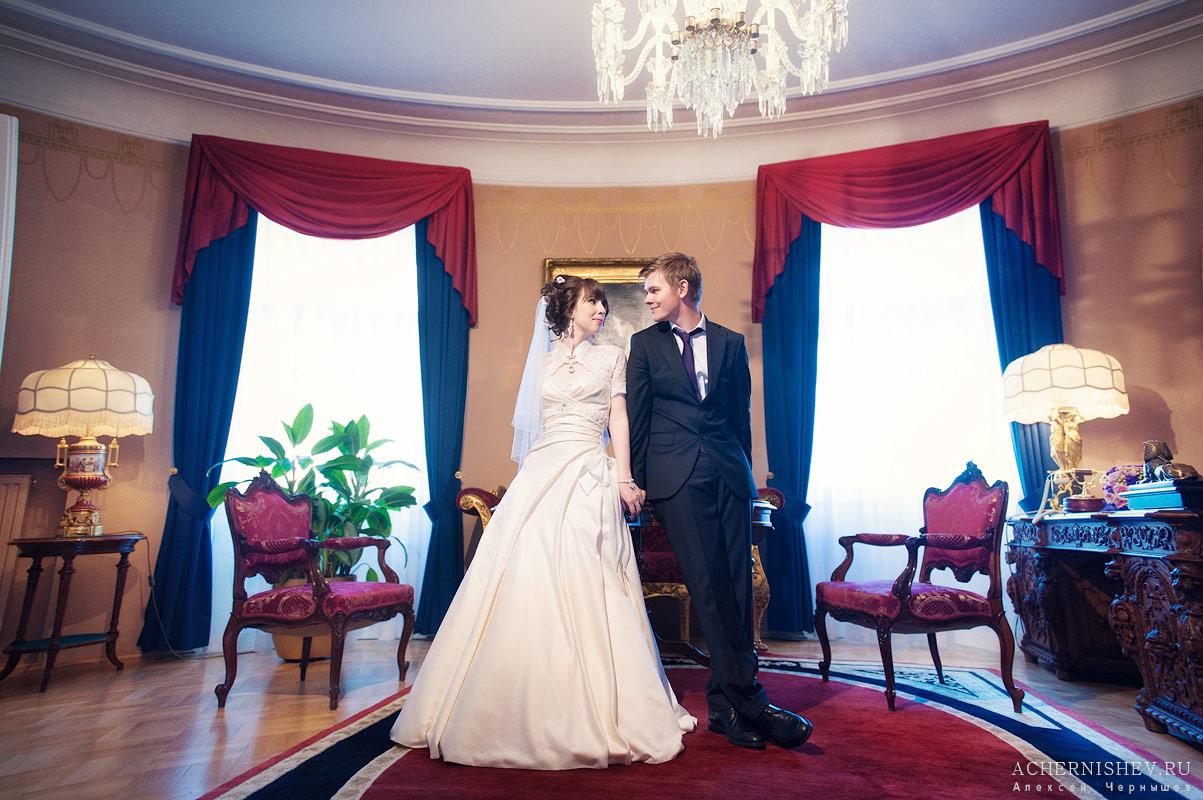 свадьба в номере отеля