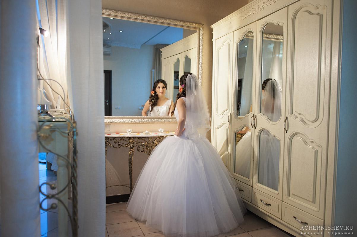 невеста в интерьерах