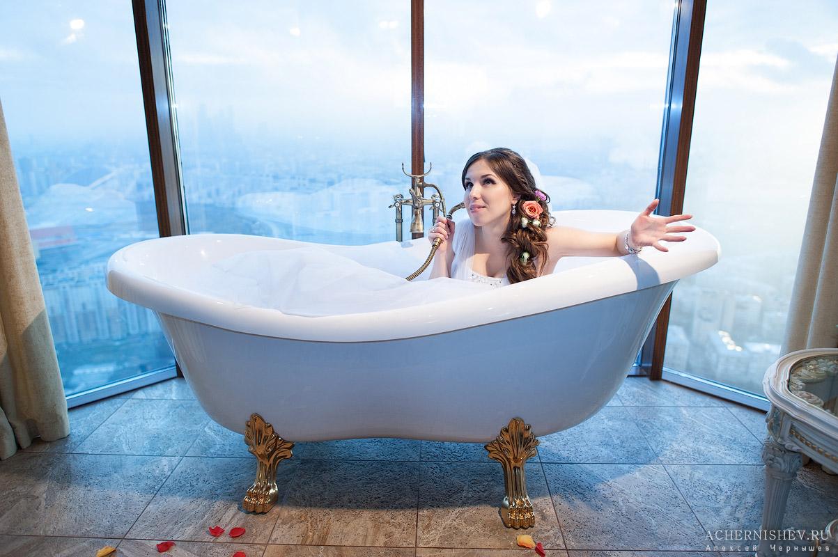 невеста в ванной - фотосессия