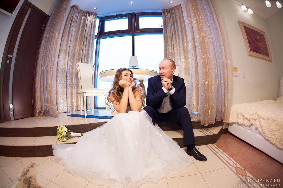 Триумф Палас - свадебная фотосессия