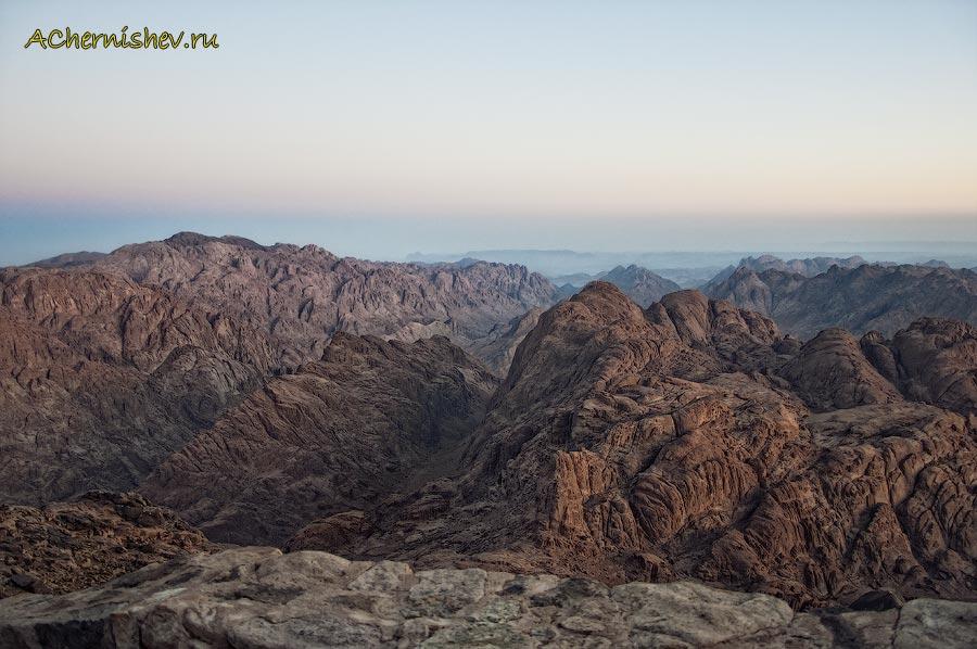 вид на Египетские горы