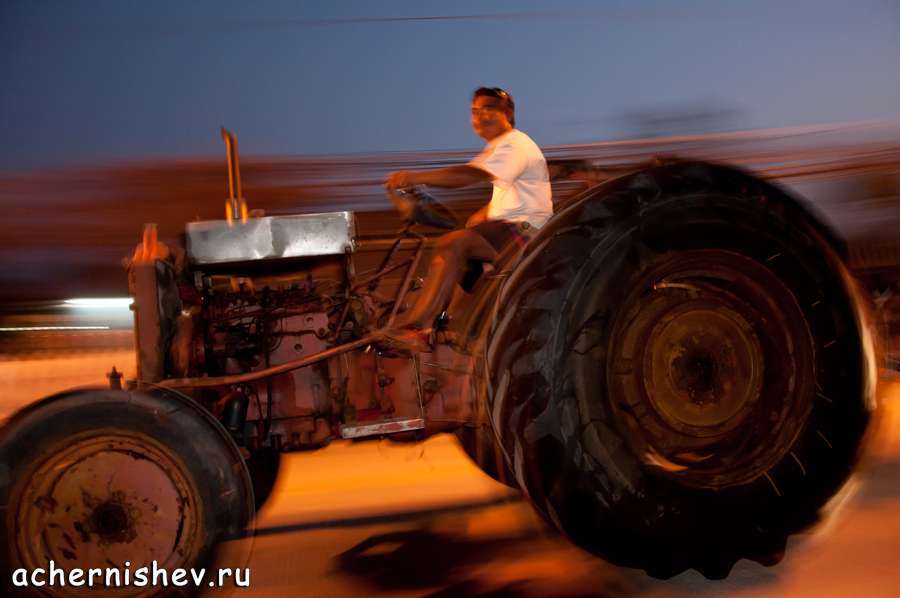 Тайский трактор