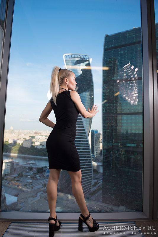 бизнес леди фотосессия в офисе Москва Сити