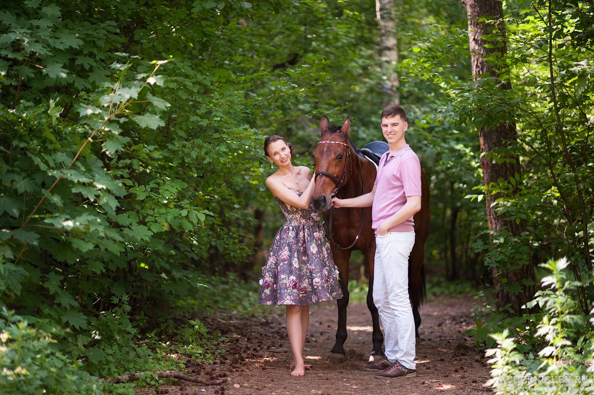 романтичное фото с лошадкой
